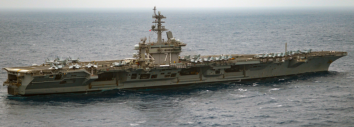 The aircraft carrier USS Theodore Roosevelt (CVN 71) transits the Eastern Pacific Ocean.